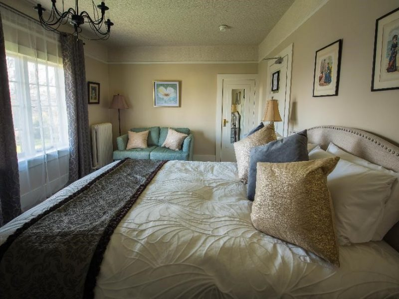 The Duchess Guestroom